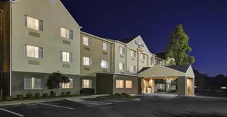 Fairfield Inn by Marriott Dothan - דותן