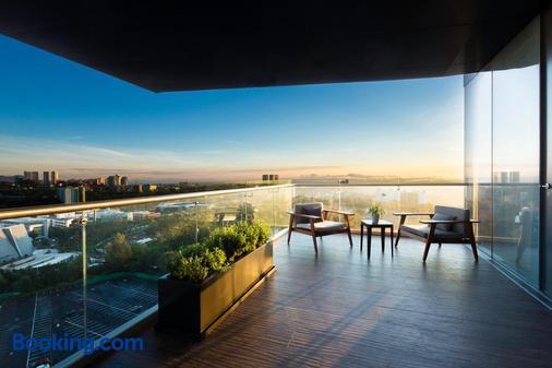 Hilton Mexico City Santa Fe - Mexico City - Balcony
