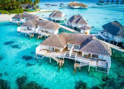 センタラ グランド アイランド リゾート & スパ モルディブ オール インクルーシブ - Machchafushi - 寝室