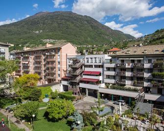 Piazzi House - Sondrio - Будівля