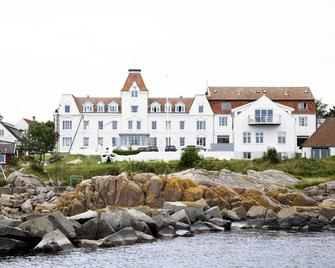 Strandhotellet Sandvig - Allinge - Building