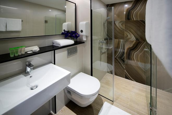 Hotel MI - Сингапур - Ванная