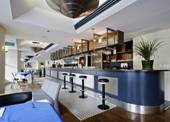 Breakfree Adelaide - Adelaide - Bar