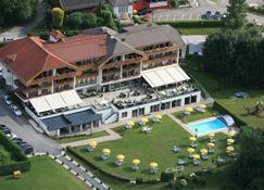 Hotel Schönblick - Schneider - Velden am Wörthersee - Building