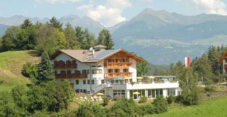 Hotel Torgglerhof - Брессаноне - Здание