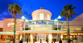 Florida Hotel & Conference Center in the Florida Mall - Orlando - Building