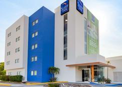 Sleep Inn Culiacan - Culiacán - Building
