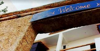 Taghazout Surf Dream - Hostel - Taghazout - Vista del exterior