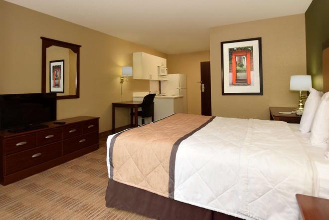 亞特蘭大肯尼索美國長住酒店 - 肯內索 - 肯尼索 - 臥室