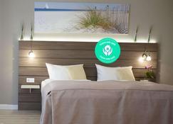 Hotel Kiel by Golden Tulip - Kiel - Schlafzimmer