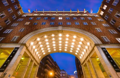 阿卡迪亞布達佩斯酒店 - 布達佩斯 - 布達佩斯 - 建築