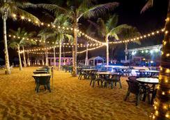 Smartline Bin Majid Beach Resort - Ras Al Khaimah - Restaurant