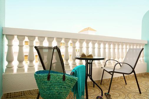 Smartline Bin Majid Beach Resort - Ras Al Khaimah - Balcón
