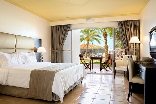 Smartline Bin Majid Beach Resort - Ras Al Khaimah - Habitación