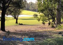 Golf View Motel - Huskisson - Outdoors view