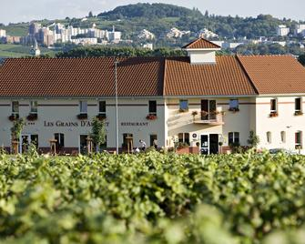 Hotel Restaurant Les Grains d'Argent - Dizy - Building