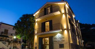 Rianna Rooms & Breakfast - Scala - Building