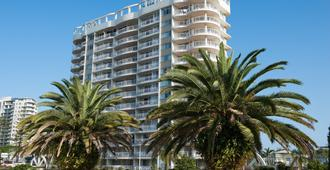 Beachcomber International Resort - Coolangatta - Building