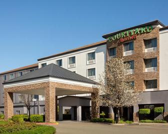 Courtyard by Marriott Roseville Galleria Mall/Creekside Ridge Drive - Roseville - Gebäude