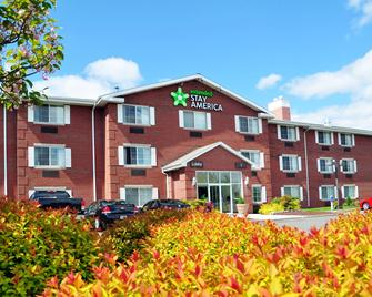 Extended Stay America - Hartford - Farmington - Farmington - Building