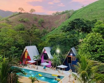Greengos Hotel - Lanquín - Pool
