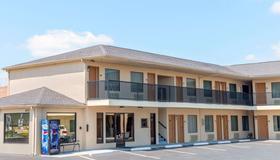 Days Inn by Wyndham St. Robert Waynesville/Ft. Leonard Wood - St Robert - Building