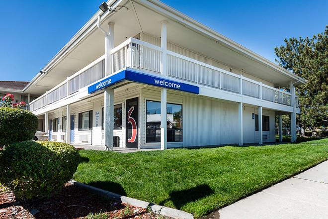 雷諾機場斯巴克斯 6 號汽車旅館 - 斯巴克斯 - 里諾 - 建築