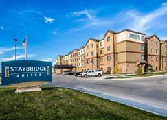 Staybridge Suites Grand Forks - Grand Forks - Building