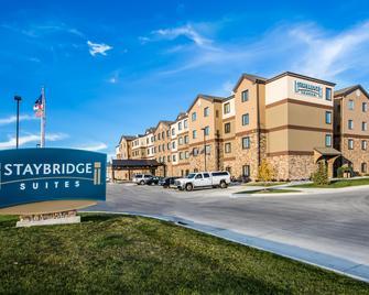 Staybridge Suites Grand Forks - Grand Forks - Gebäude