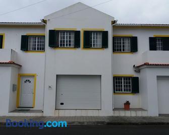 Casa dos Rui´s - Velas - Gebäude