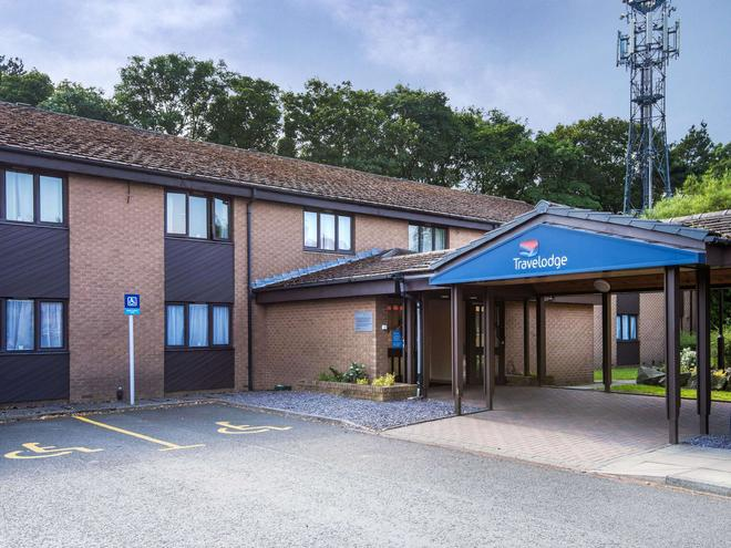 Travelodge Edinburgh Dreghorn - Edinburgh - Building