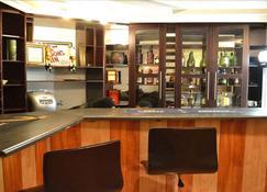 Mohale Oa Masite Hotel - Thaba-Tseka - Bar