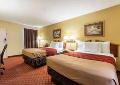 Econo Lodge - Fayetteville - Bedroom