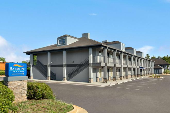 Baymont Inn and Suites Warner Robins, GA - Warner Robins - Building