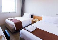 Naha Tokyu Rei Hotel - Naha - Κρεβατοκάμαρα