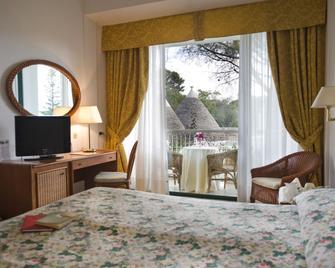 Hotel Sierra Silvana - Selva di Fasano - Спальня