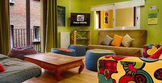Itaca Hostel Barcelona - Barcelona - Living room