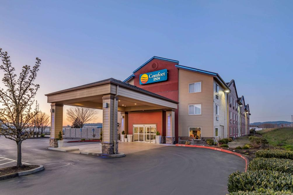 Comfort Inn Columbia Gorge Gateway 76 1 2 7 Troutdale Hotel Deals Reviews Kayak