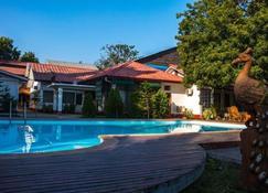 Lawkanat Hotel - Bagan - Piscina