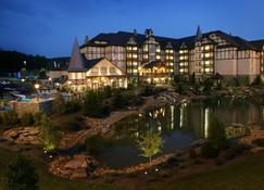 The Inn At Christmas Place - Pigeon Forge - Building