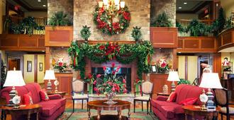 The Inn At Christmas Place - Pigeon Forge - Lobby