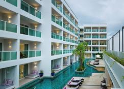 Chanalai Romantica Resort Kata Beach - Adult Only - Karon - Edificio