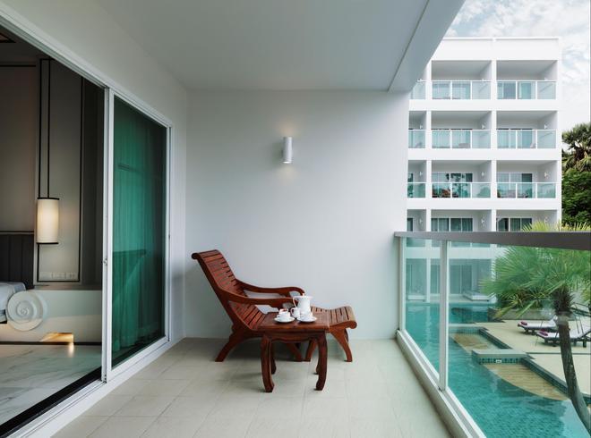 卡塔海灘查納萊浪漫渡假村 - 卡隆 - 卡倫海灘 - 陽台