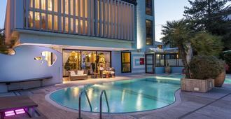 Hotel Feldberg - Riccione - Pool