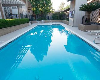 Red Roof Inn San Dimas - Fairplex - San Dimas - Zwembad
