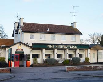 Highwayman Hotel - Dunstable - Building