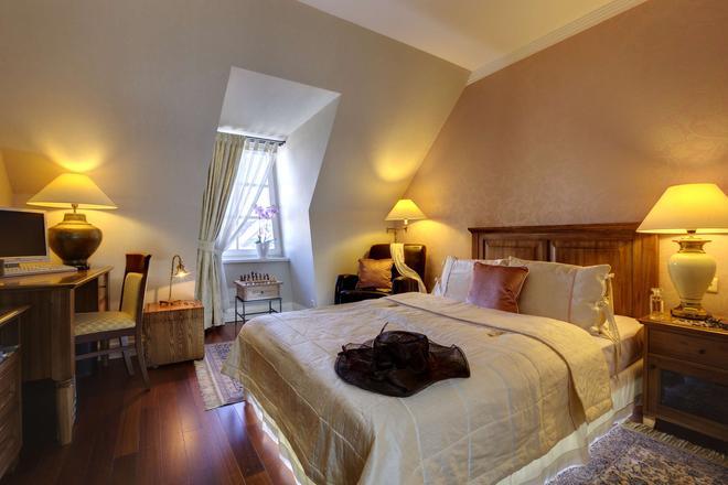 Marrol's Boutique Hotel - Bratislava - Camera da letto