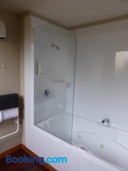 295 ON Tay Motel - Invercargill - Bathroom