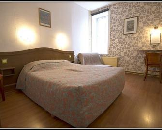 Hôtel De France - Dinan - Bedroom