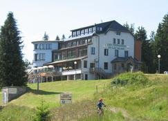 Hotel Les Terrasses du Lac Blanc - Orbey - Building